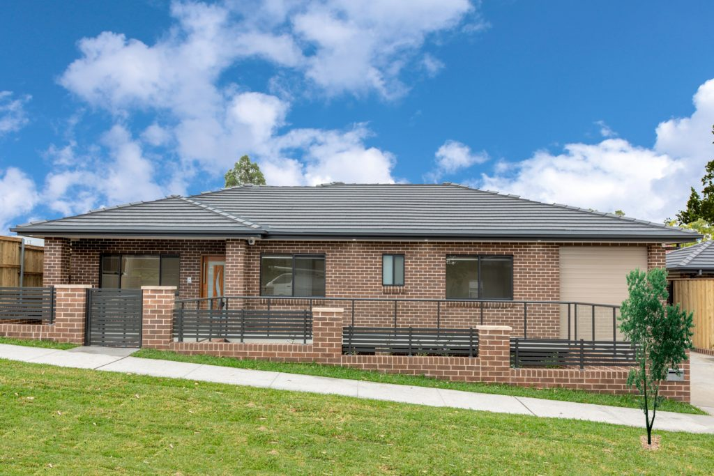 single storey home builders